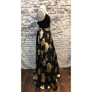 Eliza J Dresses - Eliza J Metallic Gold Rose Ball Gown Long Formal